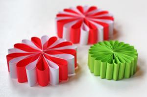 DIY-paper-ornaments