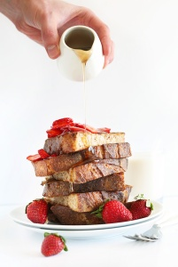 Vegan-French-Toast-with-Strawberries-and-Coconut-Whipped-Cream-vegan-healthy-easy-AND-all-natural